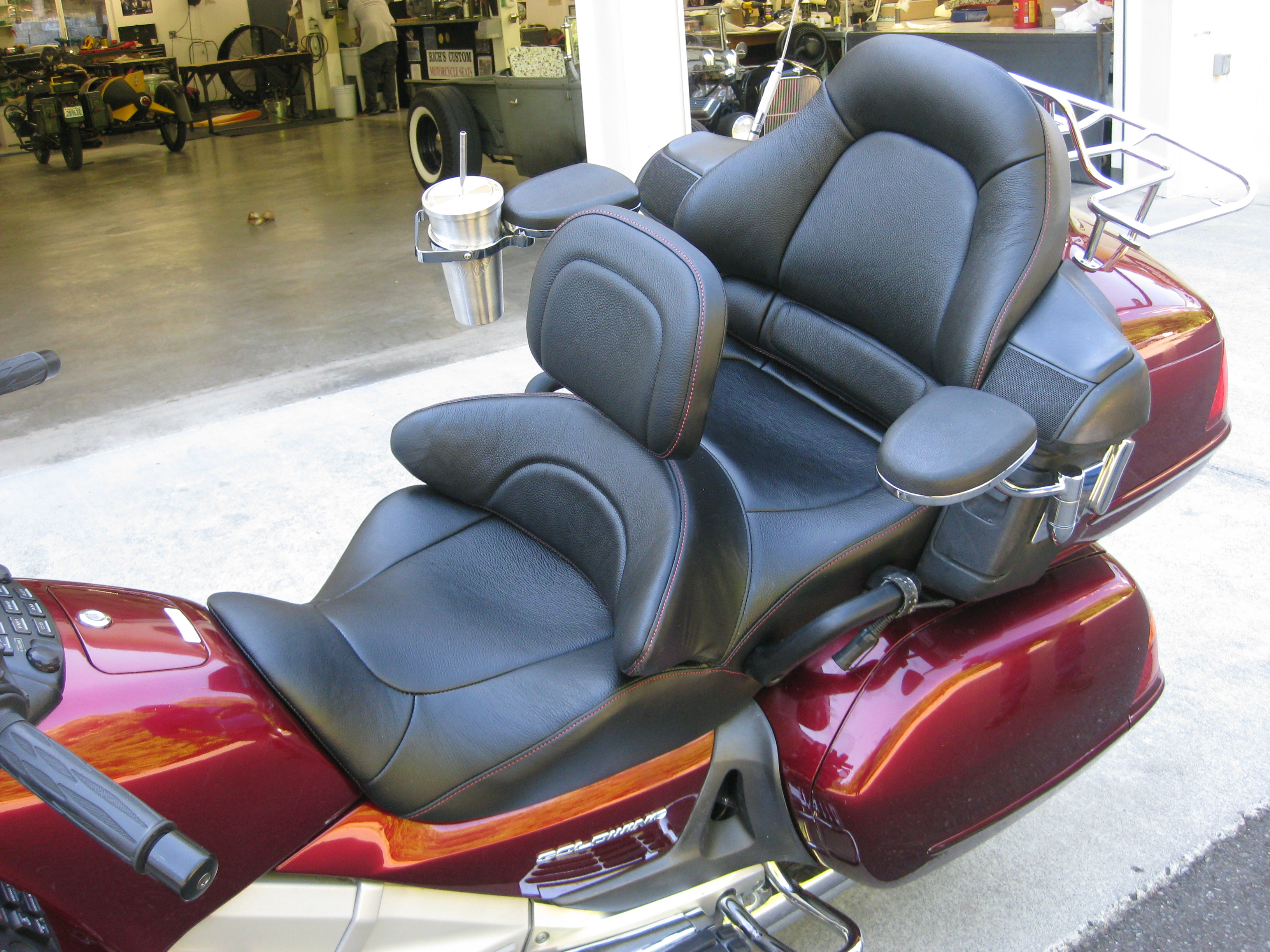 Seat options for taller guys?? • GL1800 (2001-2017 ...   Goldwing Leather Seats